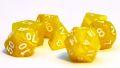 D&D DOBÓKOCKAKÉSZLET gyöngyház sárga fehér számmal / DICE SET Pearl Yellow w/ White Numbers (7)